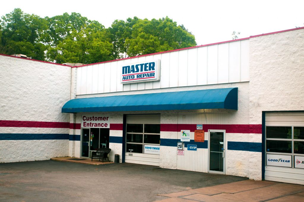 Master Auto Repair Customer Entrance Photo